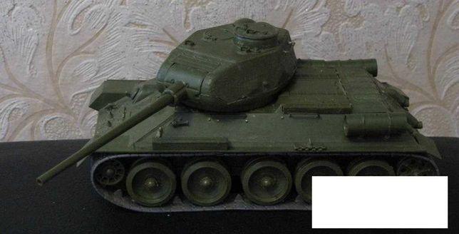 Модель советского танка танк Т - 34 -85 1944 года Звезда 1993 год 1:35