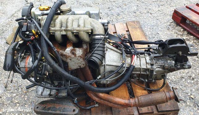 Motor completo Nissan Vanette 2000cc, 1989