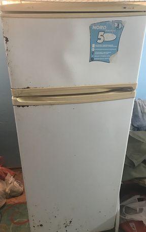 Холодильник под мелкий ремонт