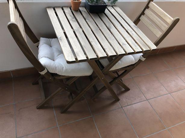 Mesa de exterior + 2 cadeiras