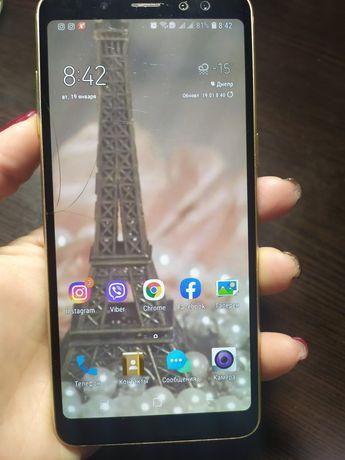 Samsung A 8  /2018  4/32  б/у gold