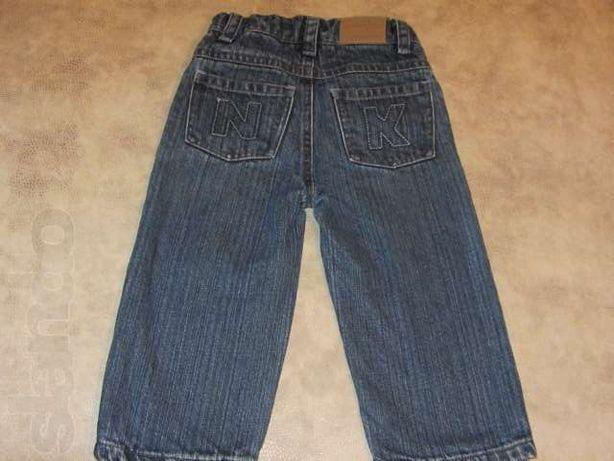 Продам на мальчика джинсы утепленные 86 рост .
