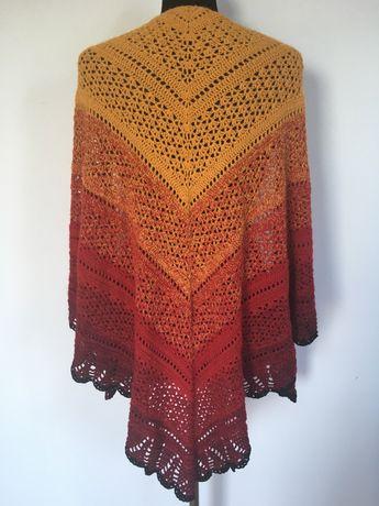 NOWA piękna chusta szydełkowa ombre w kolorach czerwieni handmade