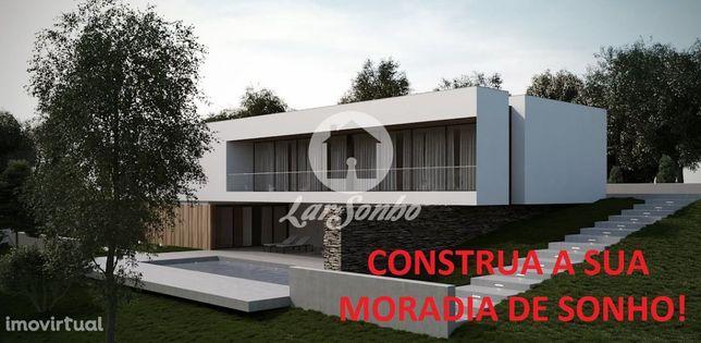 Terreno de construção com 640 m2 em Ribeirão