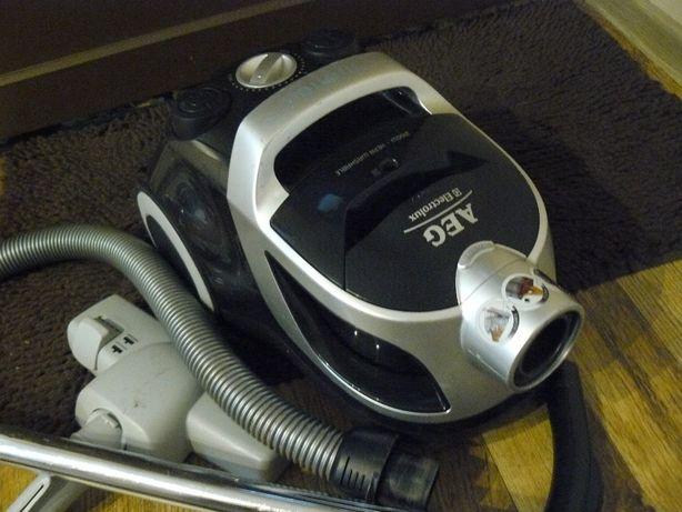 Odkurzacz AEG Ekectrolux 2100 wat bezworkowy Hepa filter