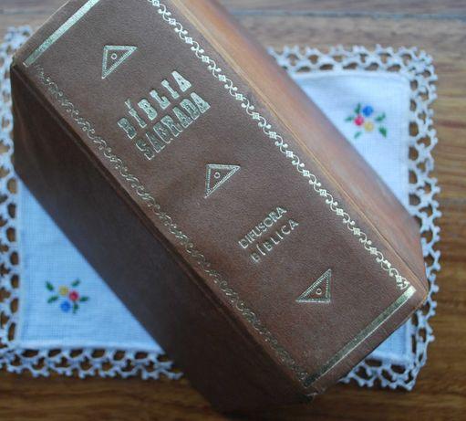 Bíblia Sagrada (Missionários Capuchinhos) 1º Edição Ano 1964