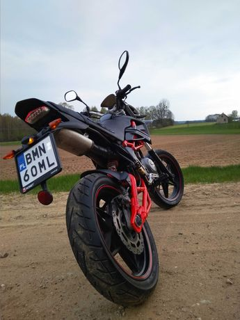 Supermoto Megelli 125 KTM
