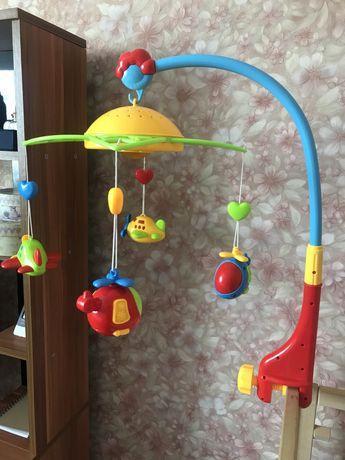 Музыкальная игрушка на кроватку+светильник звездное небо