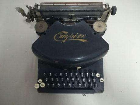 Máquina de escrever Empire - 1901
