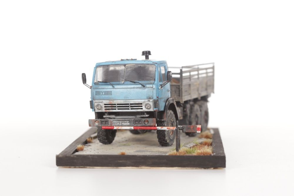 Model plastikowy: 1:35 KAMAZ 4310