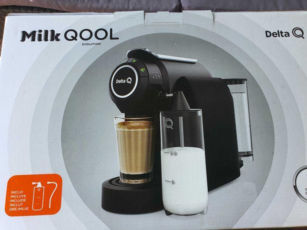 Nowy Ekspres do kawy Delta Q Milk Qool Ebelution - czarny