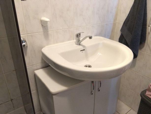 Umywalka nablatowa biała Gala z baterią