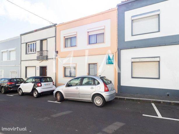 Moradia T3 + 1 - Ponta Delgada