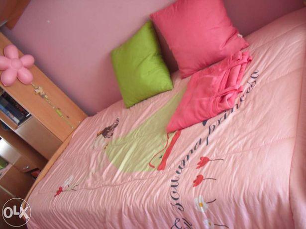 Conjunto de edredão rosa - Quarto menina