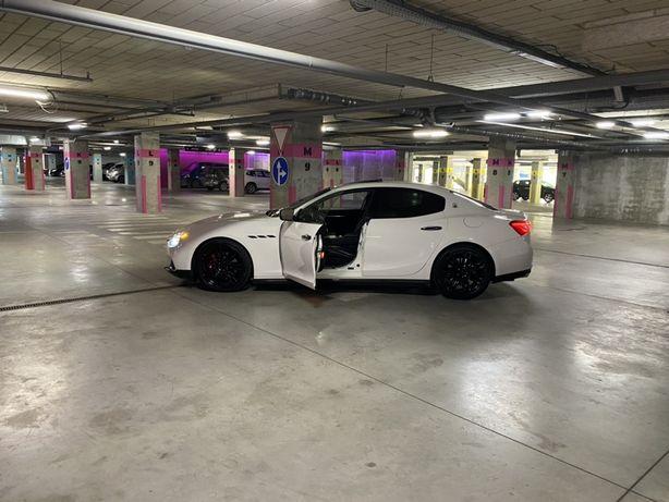 Maserati Ghibli SQ 4