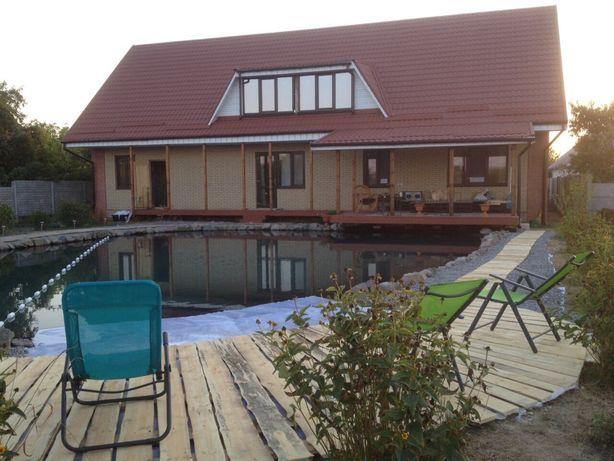 Продам дом с озером