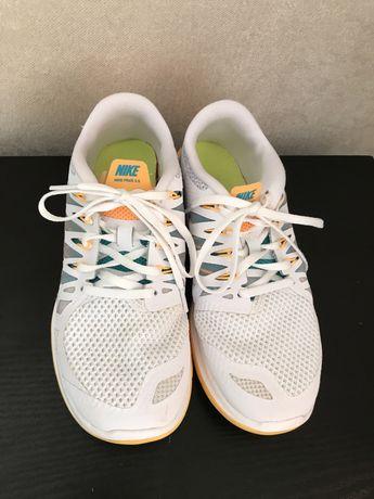 Кромовки Nike