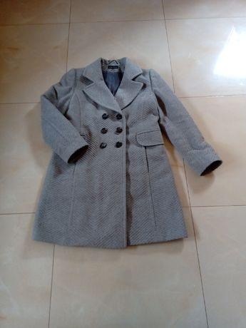 Płaszcz zimowy damski.
