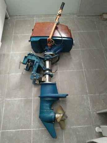 Подвесной лодочный двигатель Мотор-Сич ПЛМ-15