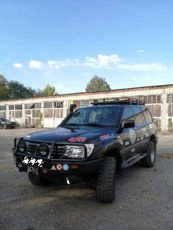 Toyota Land Cruiser-105