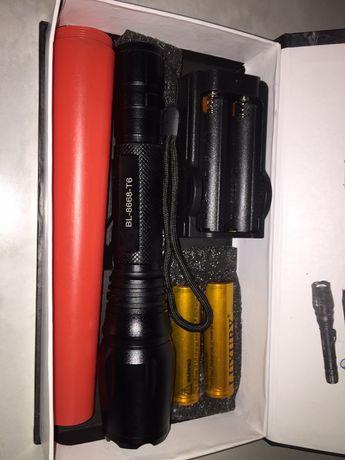 Потужний ліхтарик bl8668 на 2 акб 18650 та діодом Т6, фонарик мощный.