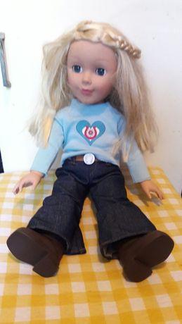 Детская кукла  среднего размера