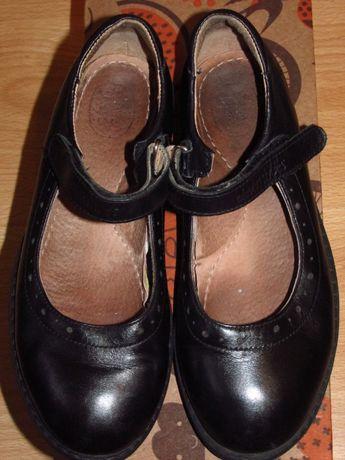 Туфли для девочки школьные Eleven Shoes.Черные, нат.кожа. Размер 32.