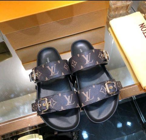Sandálias Louis Vuitton