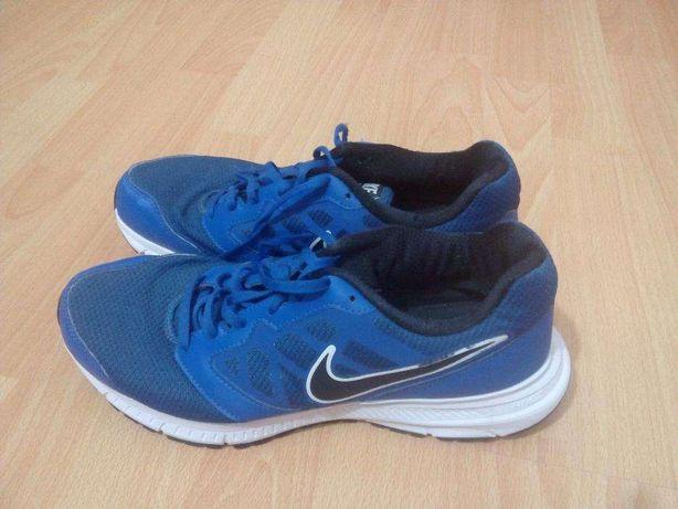 Ténis Nike Downshifter 6