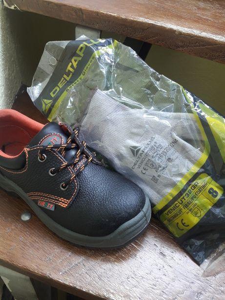 Чоловічі черевики для будівництва з металевим носком.