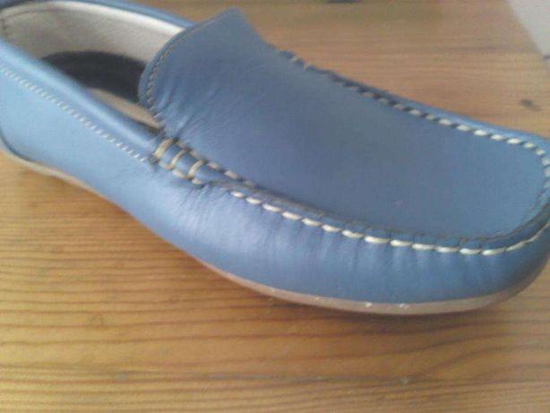 Sapato desortivo novo