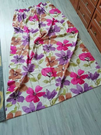 Zasłony w kwiaty plus poszewki na poduszki