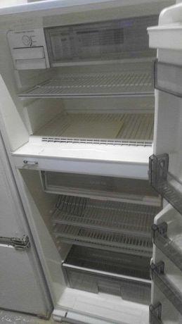 SUPRA холодильник . В хорошем состоянии.