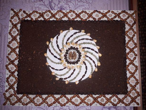 панно (картини)з кавових зерен та додаткових природних матеріалів.