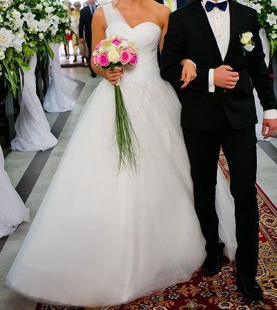 Suknia Ślubna rozmiar s/m kolor Śmietankowy