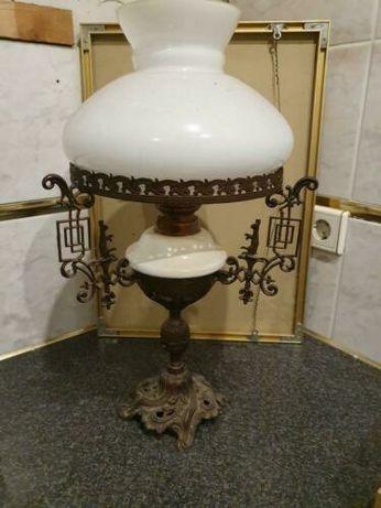 Antyczna lampa naftowa
