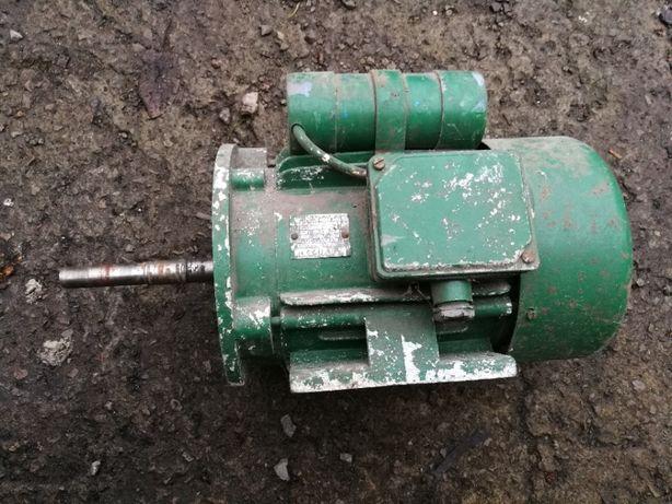 Silnik elektryczny jednofazowy 1.1KW 1440obr/min SOFe90-L4