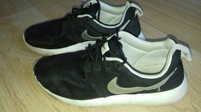 Buty Nike 38,5