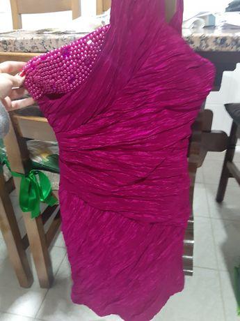 Vestido cerimónia rosa choque