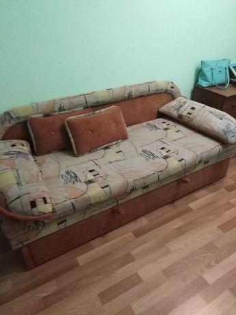 Продаётся диванчик!Терміново!