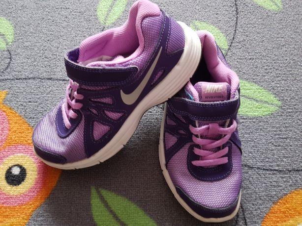 Nike revoluttion 2 roz 33
