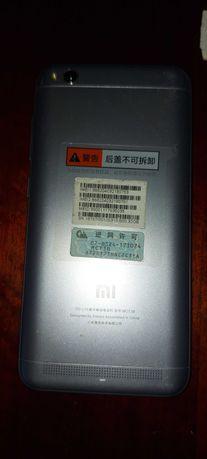 Продам смартфон Xiaomi Redmi 5A