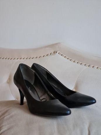Szpilki czarne / rozmiar 39