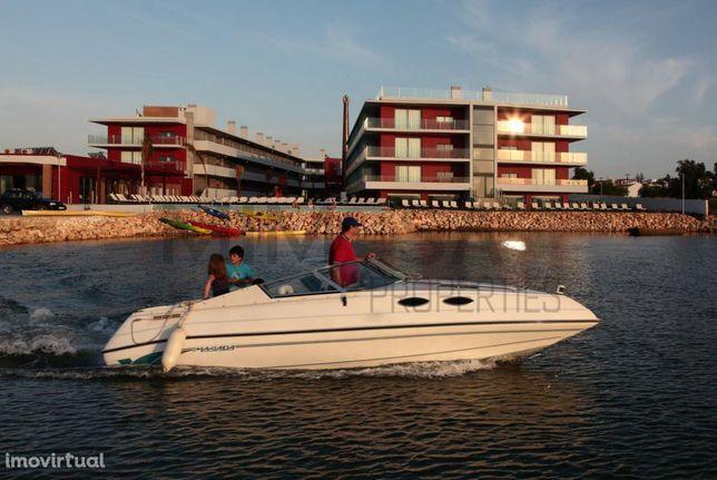 Fantásticos apartamentos T1 com piscina junto ao rio Arade em Ferragud