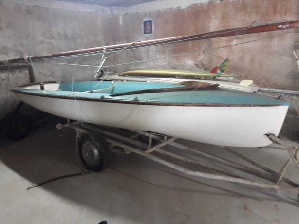 Barco à vela 420