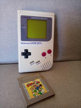 Consola Nintendo Gameboy DMG-01 clássica com jogo Mario & Yoshi
