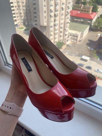 Новые туфли 36рр