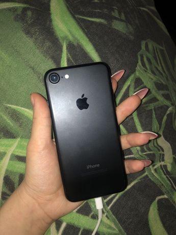Продам срочно IPhone 7 128GB