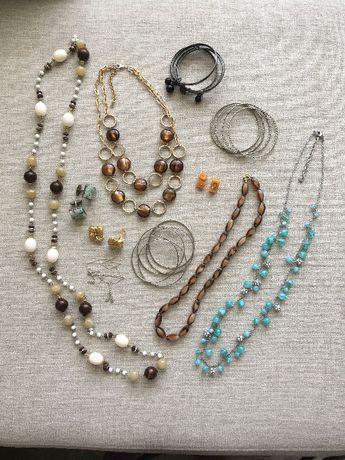 Бижутерия (бусы, браслеты, клипсы, подвески, запонки).