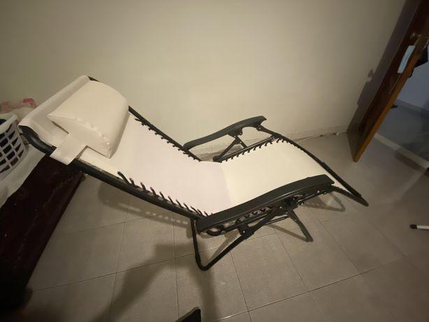 Cadeira espreguicadeira interior ou exterior nova